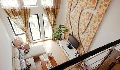 6米挑高客厅装修两种设计方案解析